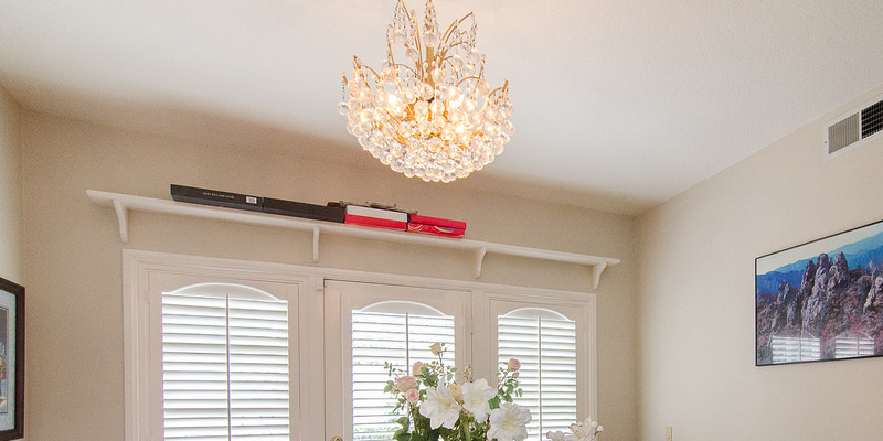 The Best Way To Hang Large Crops From Eaves